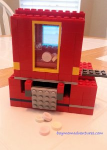 Lego creation - candy dispenser